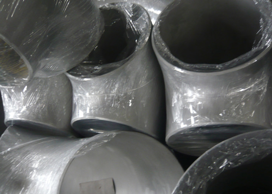 China Piping System Ss Pipe Fittings , Butt - Weld  Equal Tee Pipe Fitting Acid Resistance supplier